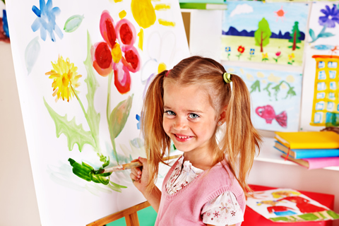 child at easel MEDIUM dreamstime_m_34069884